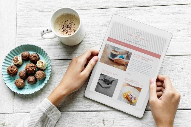 Integration of Social Media in Online Food Business